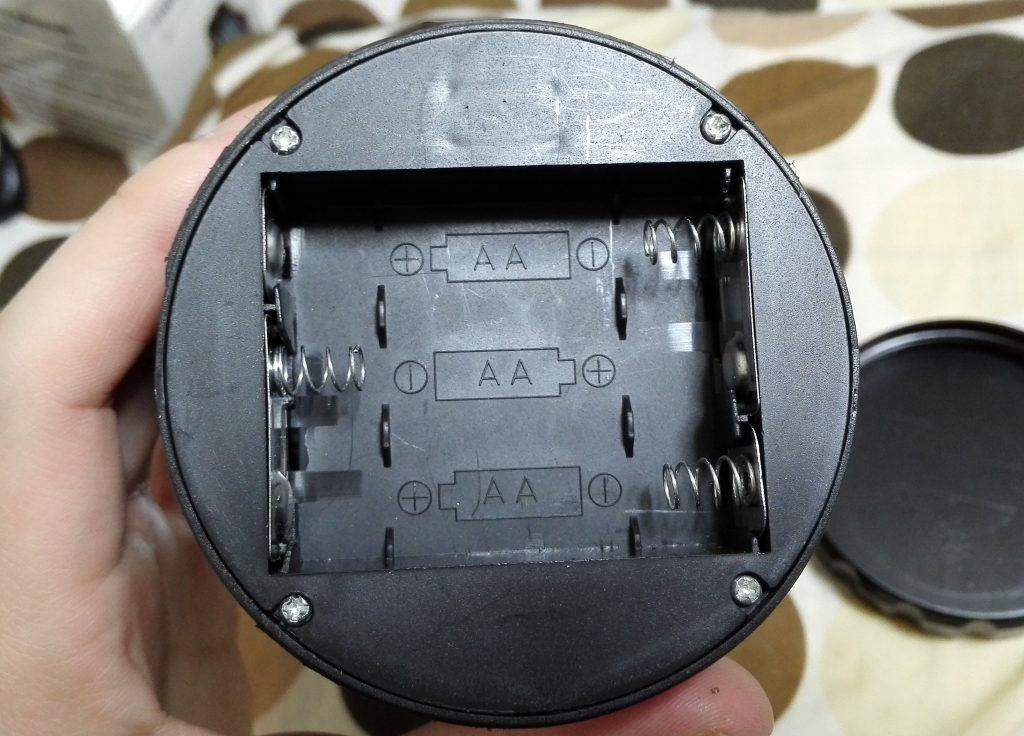 LEDランタンの電池
